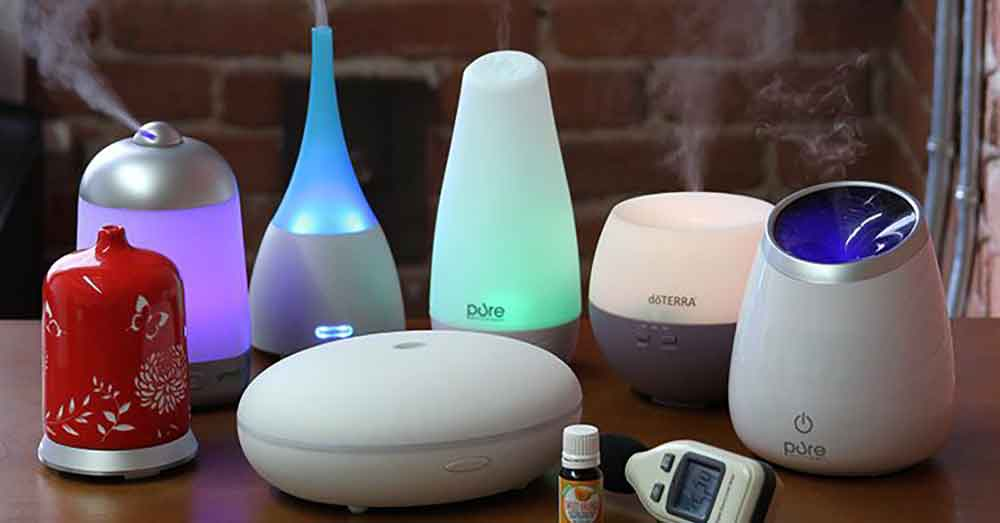 Diffusers and oil lamps want solely 2-3 drops of important oil to scent a room for a lot of hours