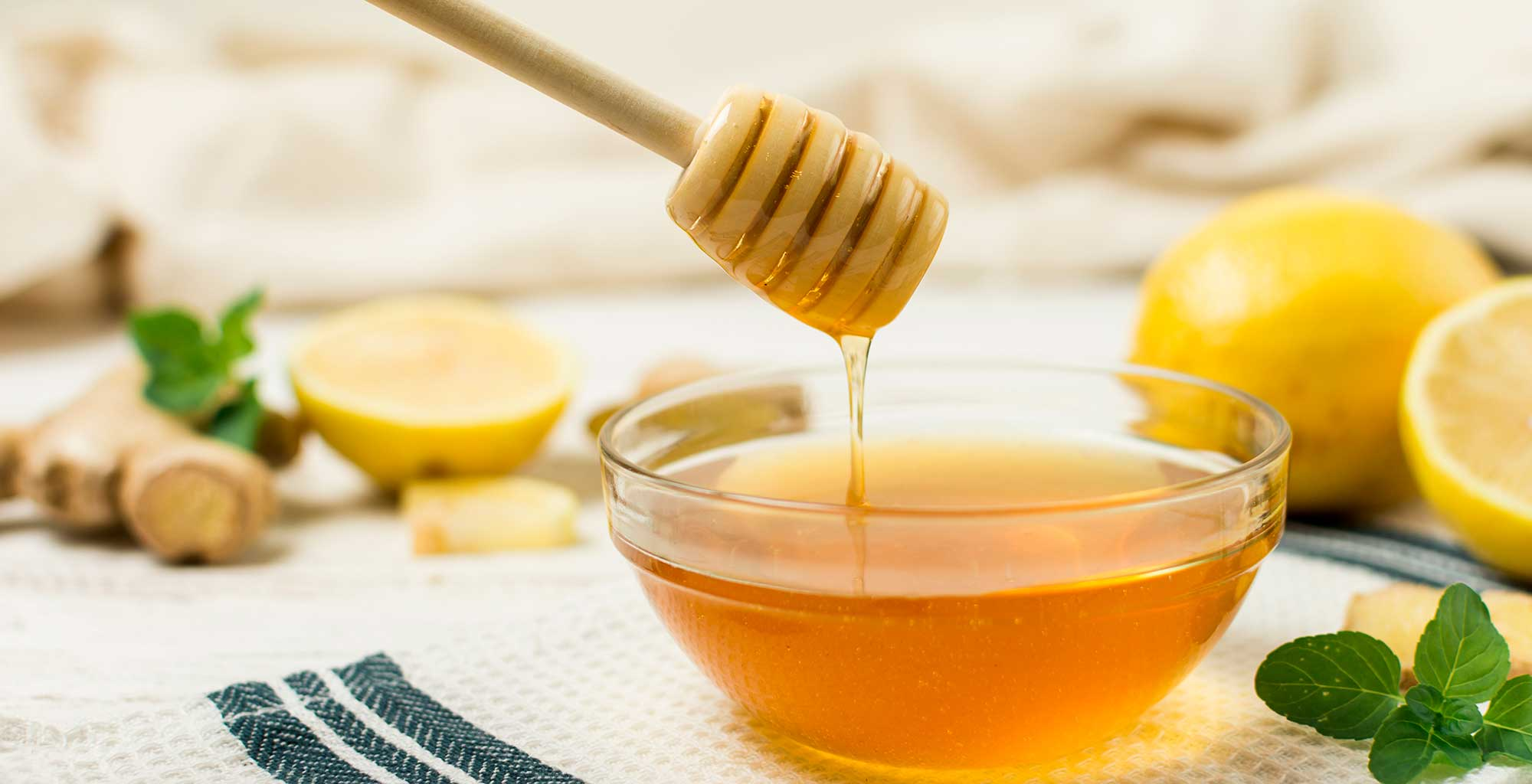 Mix the lemon, honey together and stir